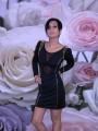 Черна рокля с шипове
